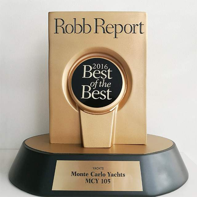 "MCY 105 American Premiere & Robb Report ""Best of the best"" Award"